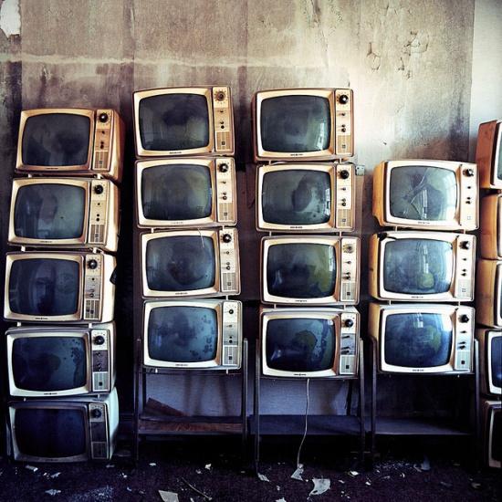 Я работаю в кино, тв, продакшн: много телевизоров, смешные истории о работе на тв